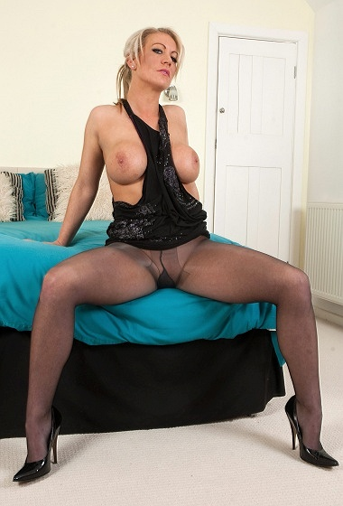 Ashley Embers - Horny bitch!